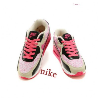 chaussures nike 44